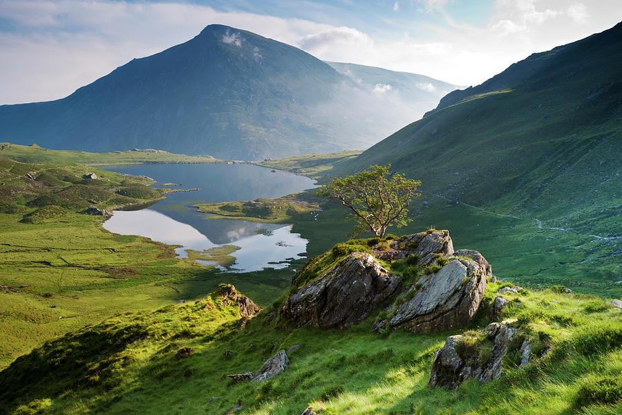 Cwm Idwal, Snowdonia, North Wales Photograph by Alan Novelli
