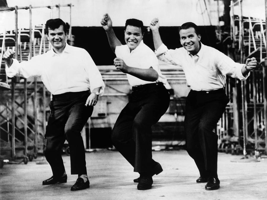 1962 Photograph - Dance The Twist, C1962 by Granger
