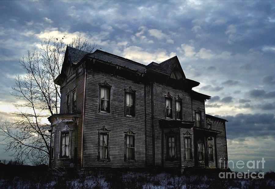 Old House Digital Art - Dark Ruttle County by Tom Straub