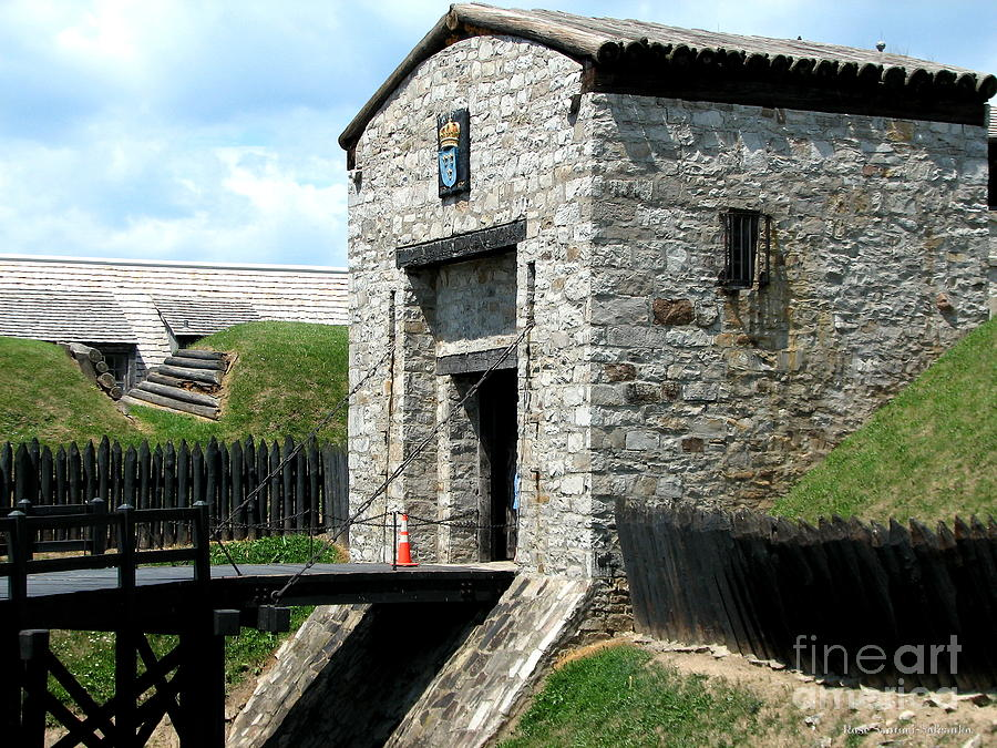 Old Fort Niagara Photograph - Dauphin Battery And Gate Of The Five Nations Old Fort Niagara 2 by Rose Santuci-Sofranko