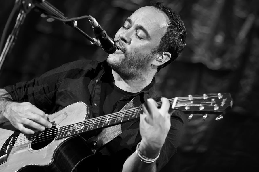 Dave Matthews Photograph - Dave Matthews On Guitar 2 by Jennifer Rondinelli Reilly - Fine Art Photography