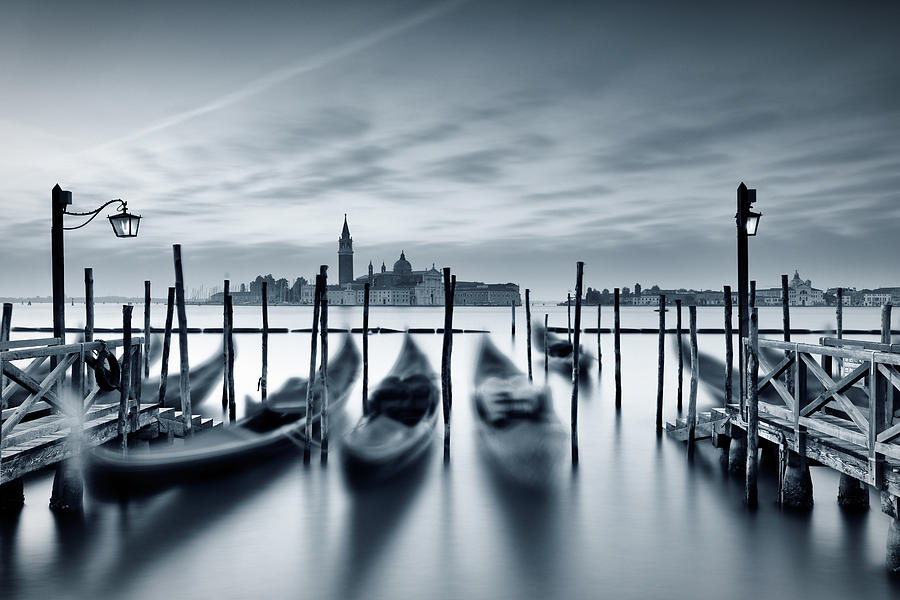 Dawn In Venice Photograph by Mammuth