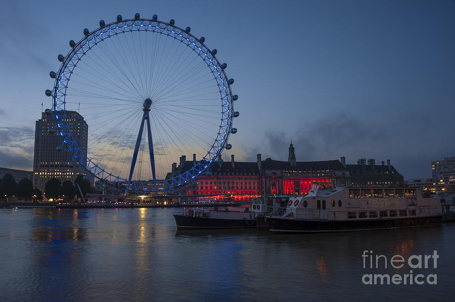 London Eye Photograph - Dawn Light At The London Eye by Donald Davis