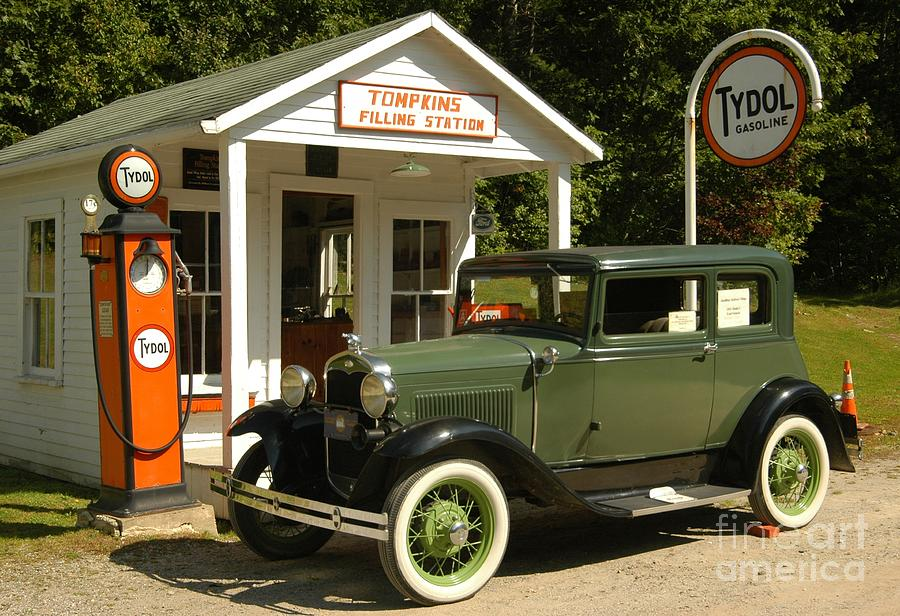 Gas Photograph - Days Gone By by Kathleen Struckle