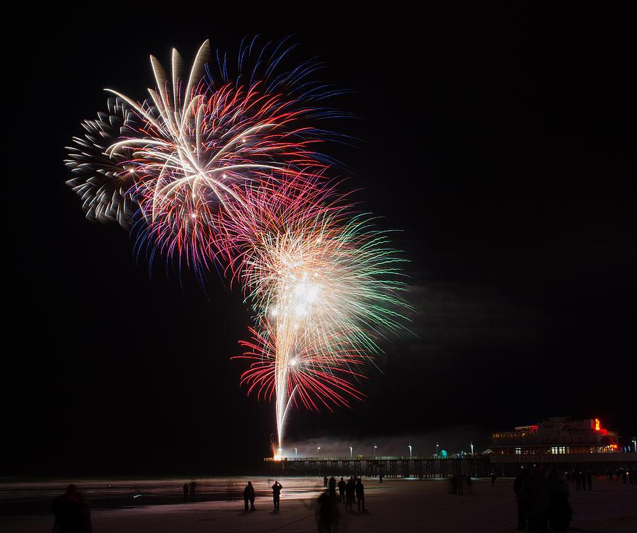 Daytona Beach Pier Fireworks Photograph By David Hart