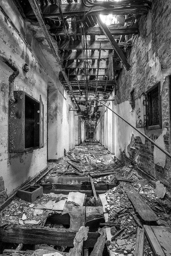 Abandoned Building Photograph - Deadly Corridor - Abandoned Asylum Building by Gary Heller