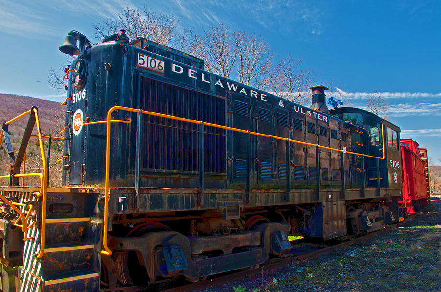Train Photograph - Delaware And Ulster Railroad by Nancy De Flon