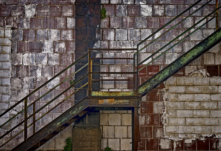 Diagonal Photograph - Diagonal Stairs by Murray Bloom