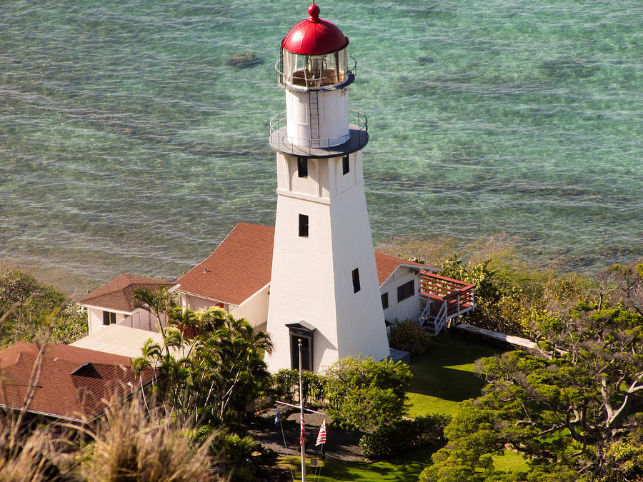 Diamond Head Photograph - Diamond Head Lighthouse Honolulu by Georgia Fowler
