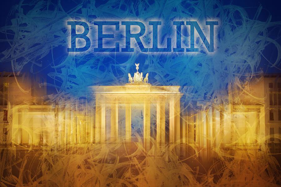 Abstract Photograph - Digital-art Brandenburg Gate II by Melanie Viola