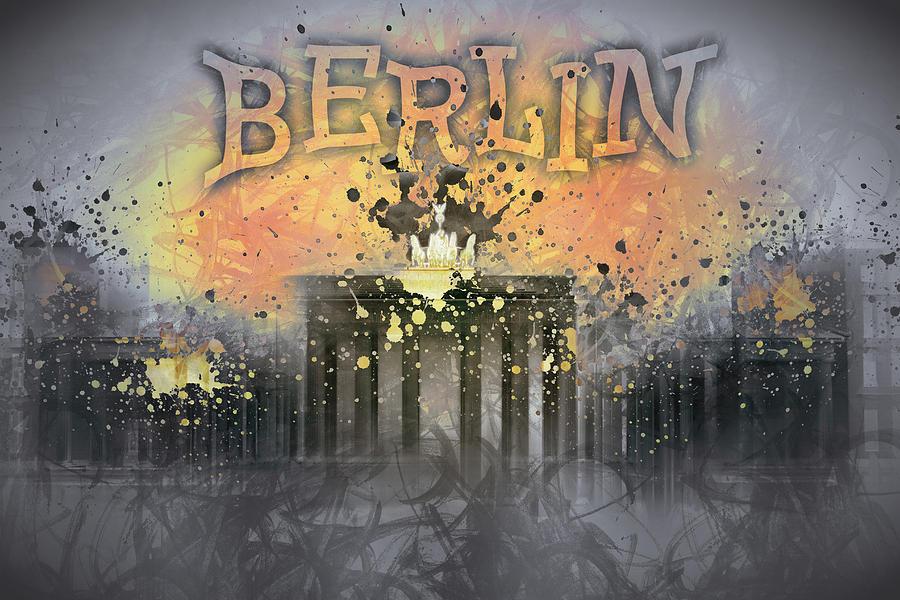 Abstract Photograph - Digital-art Brandenburg Gate I by Melanie Viola
