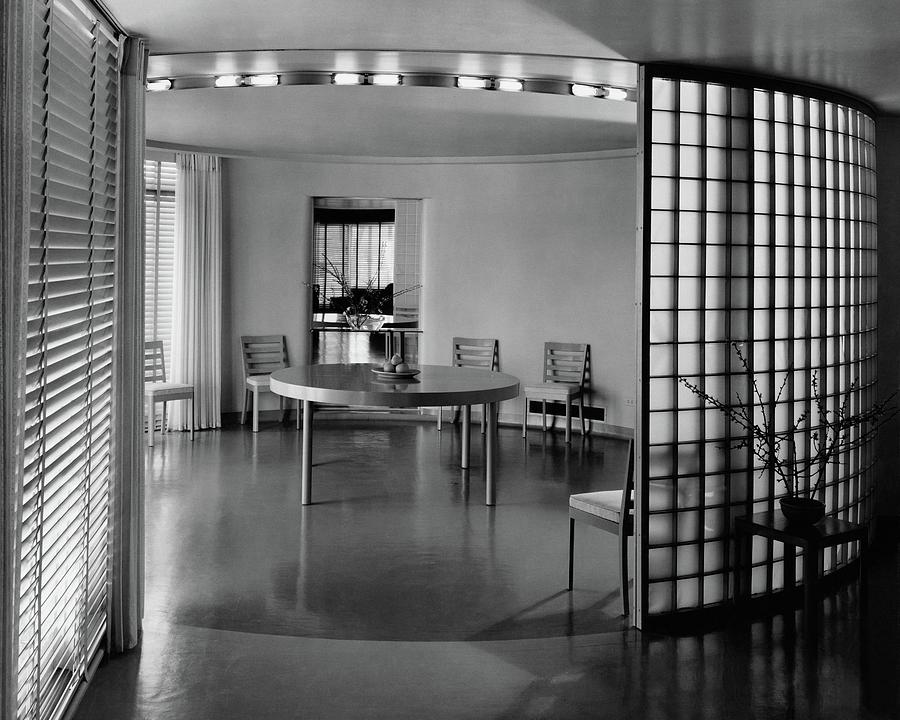 Architecture Photograph - Dining Room In Mr. And Mrs. Alfred J. Bromfield by Hedrich-Blessing