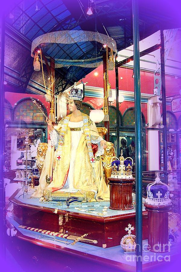 Sydney Photograph - Display In Sydney Mall by John Potts