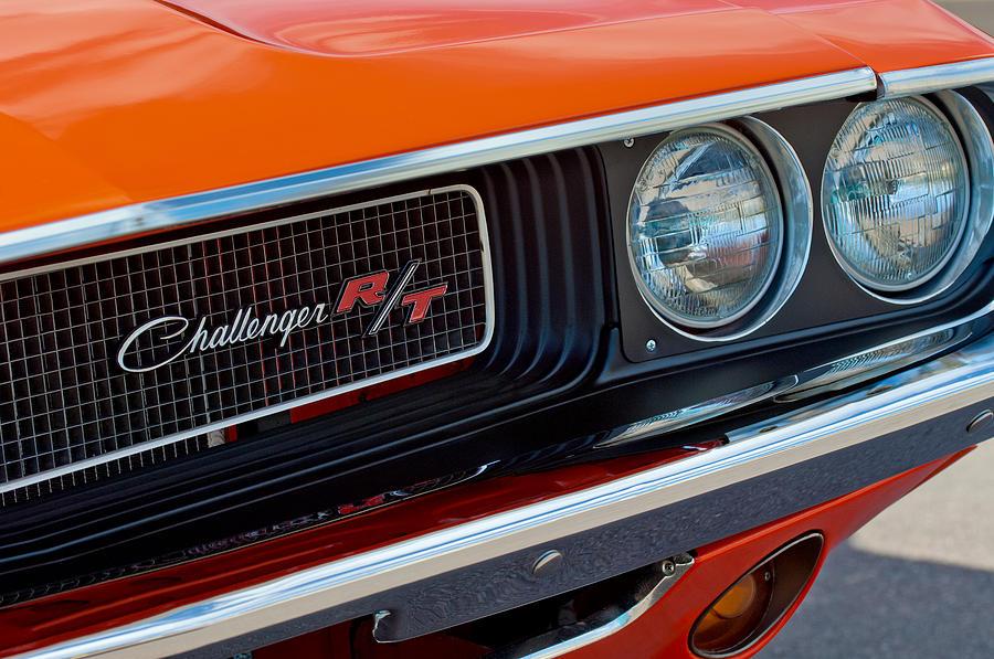 dodge challenger rt grille emblem photograph by jill reger. Black Bedroom Furniture Sets. Home Design Ideas
