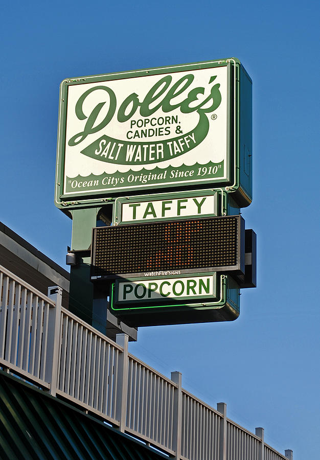 Fair Photograph - Dolles by Skip Willits
