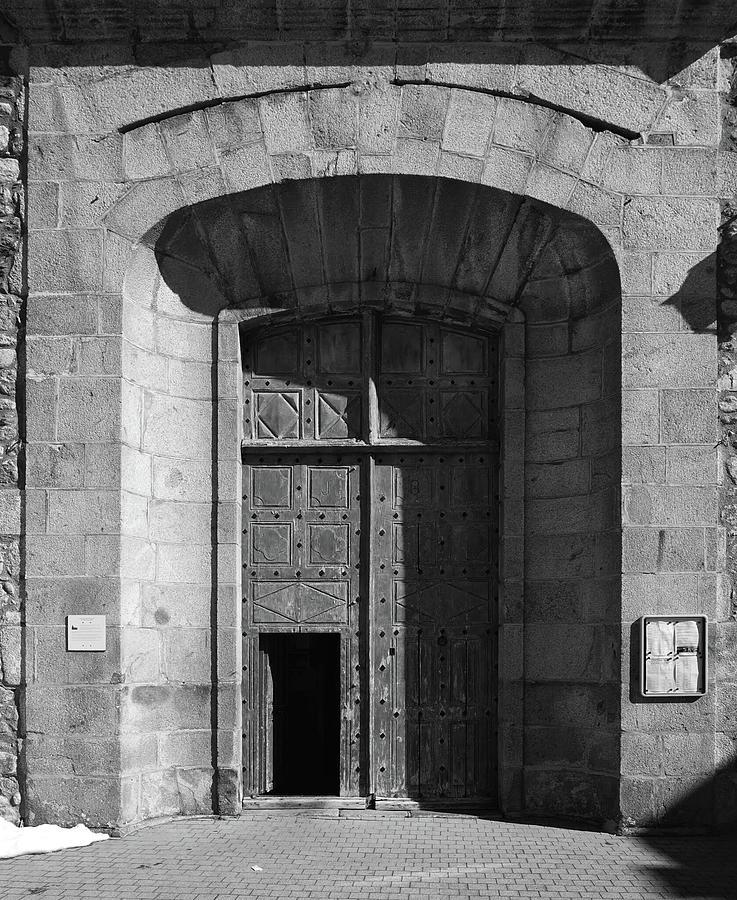 Door Of Historic Building Photograph by Sergio Da Costa / Eyeem