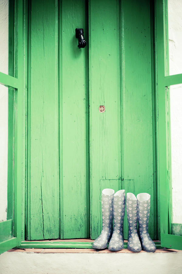 Door With Boots Photograph by Pelayolacazette