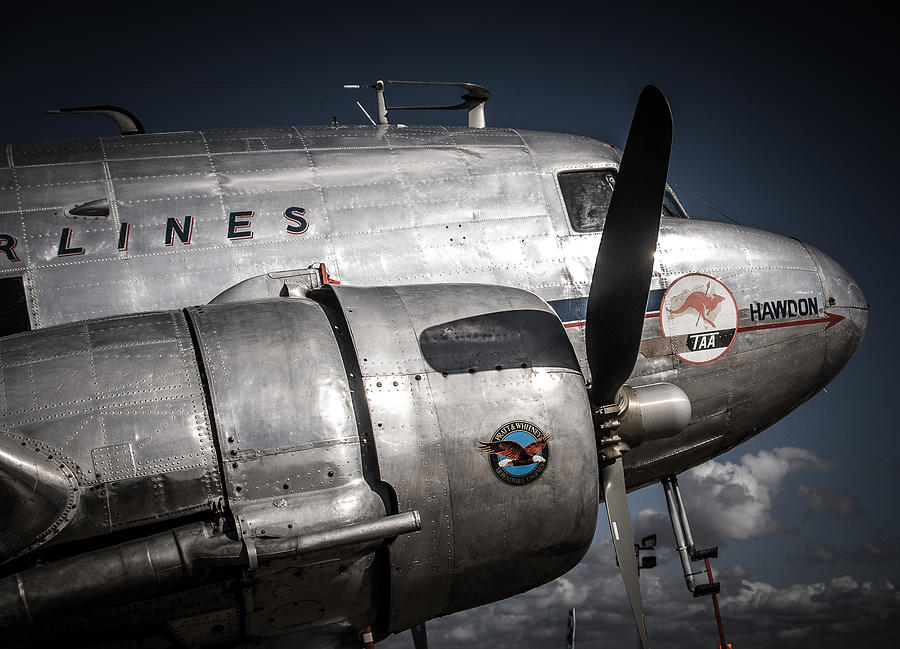 Douglas Dc 3 Photograph By Matt Savage