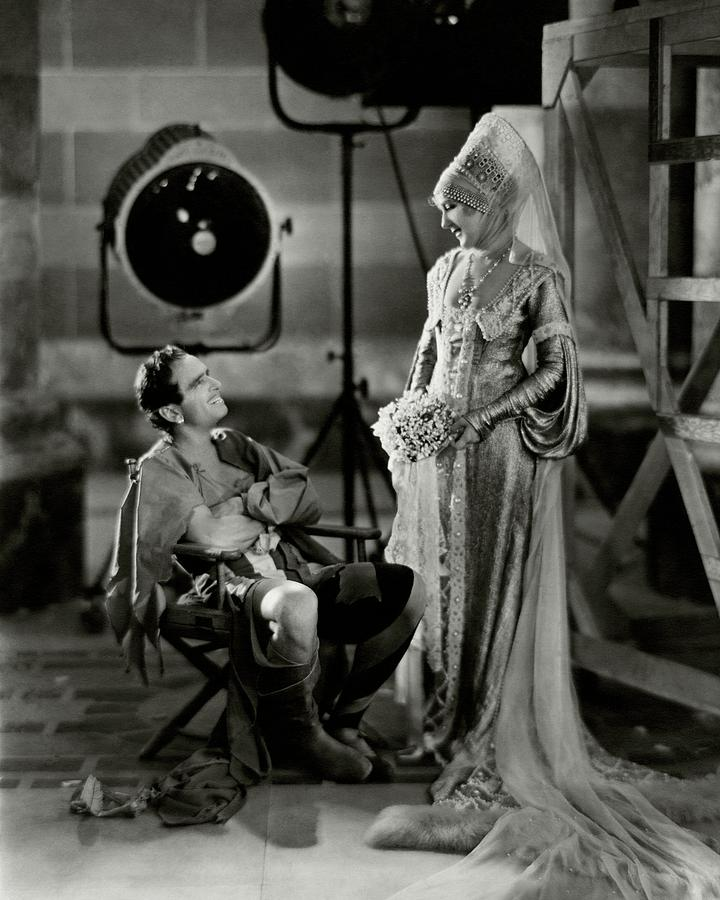 Douglas Fairbanks And Mary Pickford On The Set Photograph by Nickolas Muray