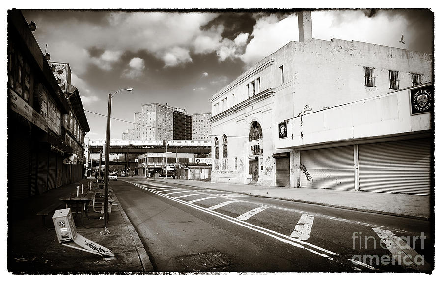 Memories Photograph - Down The Avenue by John Rizzuto