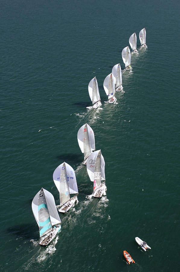 Tp52 Photograph - Down Wind Chase by Chris Cameron