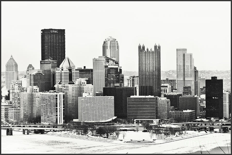 Pittsburgh Photograph - Cold Winter Day In Pittsburgh Pennsylvania by Sharon Dominick