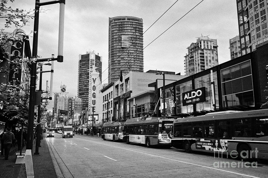 Clothing stores on granville street vancouver