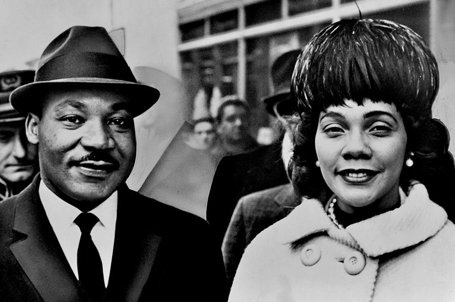Martin Luther King Photograph - Dr And Mrs King by Benjamin Yeager