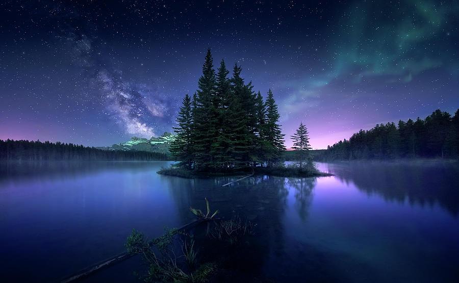 Banff Photograph - Dreamy Night by Jes??s M. Garc??a
