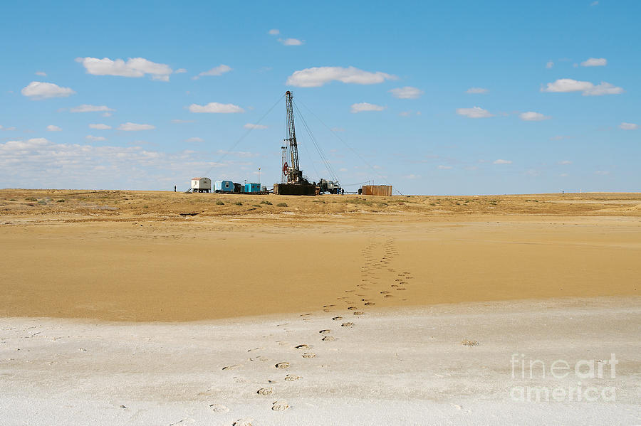 Lakes Photograph - Drilling In The Desert. by Alexandr  Malyshev