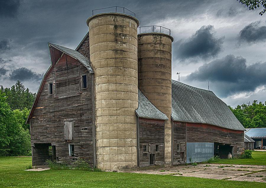 Old Barn Photograph - Dual Silos by Paul Freidlund