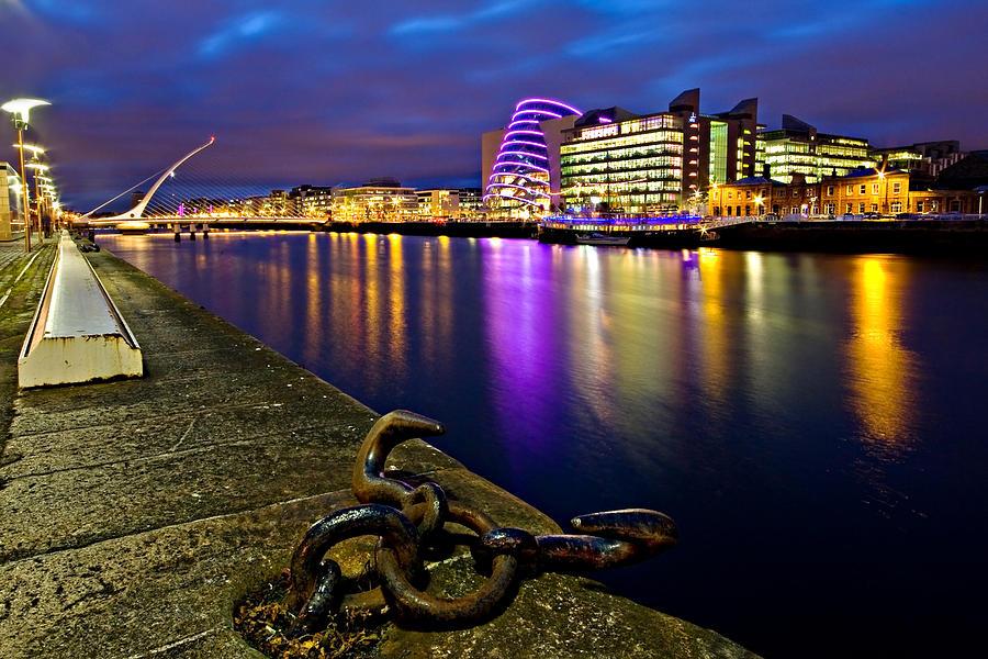 Samuel Beckett Bridge Photograph - Dublin Docklands At Night / Dublin by Barry O Carroll