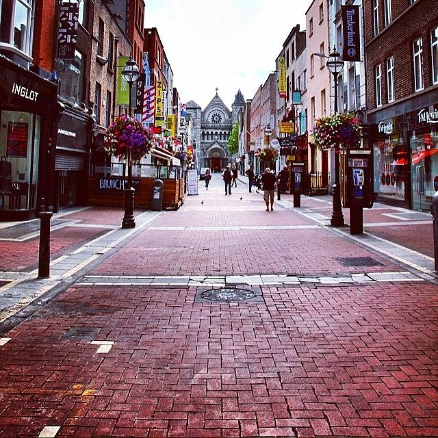Urban Photograph - #dublin #dublino #ireland by Luisa Azzolini