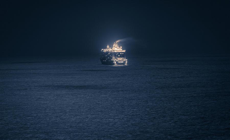 Matti Ollikainen Photograph - Dubrovnik Cruiser by Matti Ollikainen