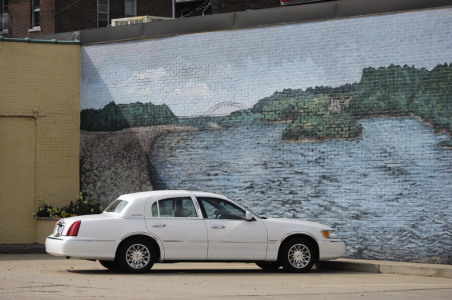 Mural Photograph - Dubuque by Christian Heeb