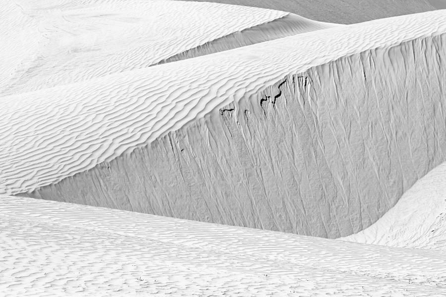 Dune Abstract, Paryang, 2011 by Hitendra SINKAR