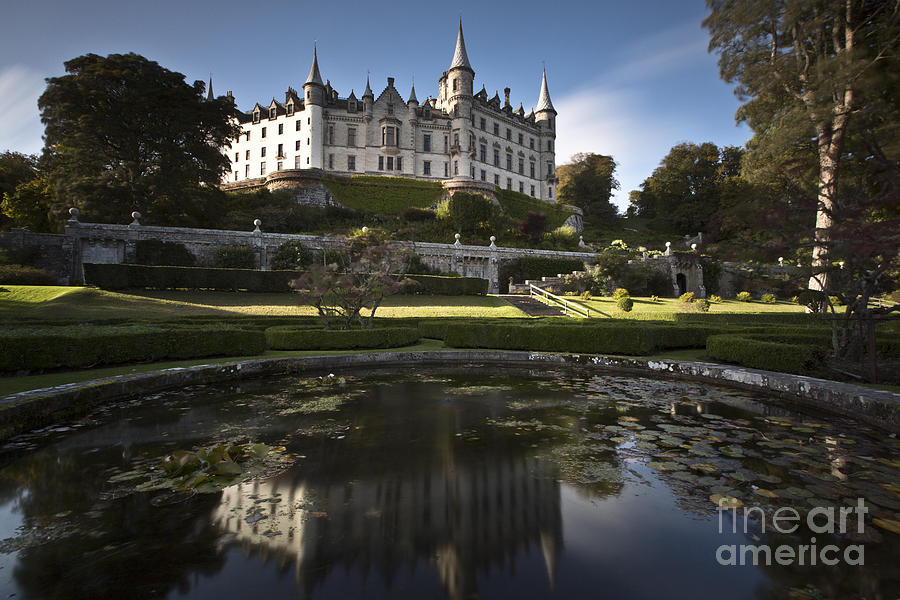 Dunrobin Castle Photograph - Dunrobin Castle by Roddy Atkinson