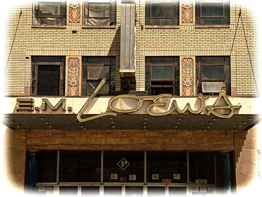 Loews Photograph - E M Loews Theater by Mike McCool