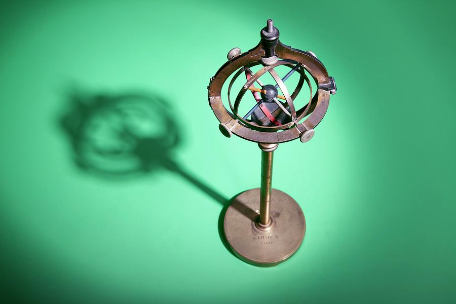Equipment Photograph - Early 20th Century Ophthalmology Device by Mark Thomas/science Photo Library