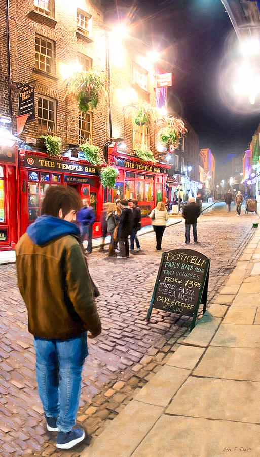 Temple Bar Photograph - Early Bird Special In Dublins Temple Bar by Mark E Tisdale