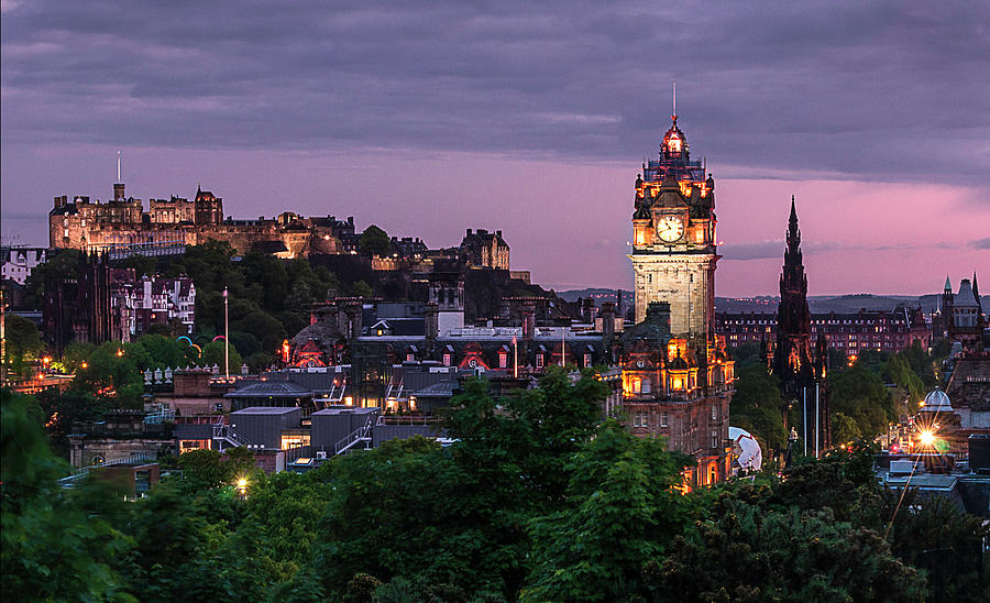 Edinburgh Skyline By Night Photograph by Steven Mccaig