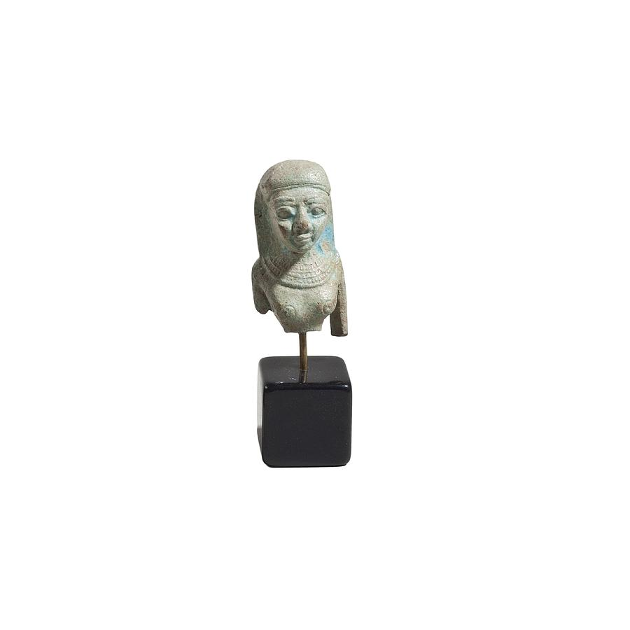 Antiquity Photograph - Egyptian Faience Bust Of A Lady by Science Photo Library