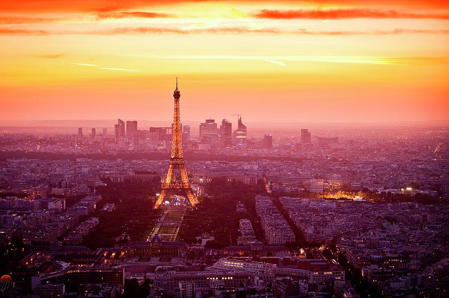 Eiffel Tower At Dusk Photograph by Richard Ianson