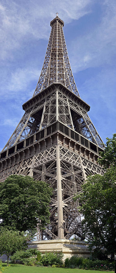 Panoramic Photographs Photograph - Eiffel Tower by Gary Lobdell