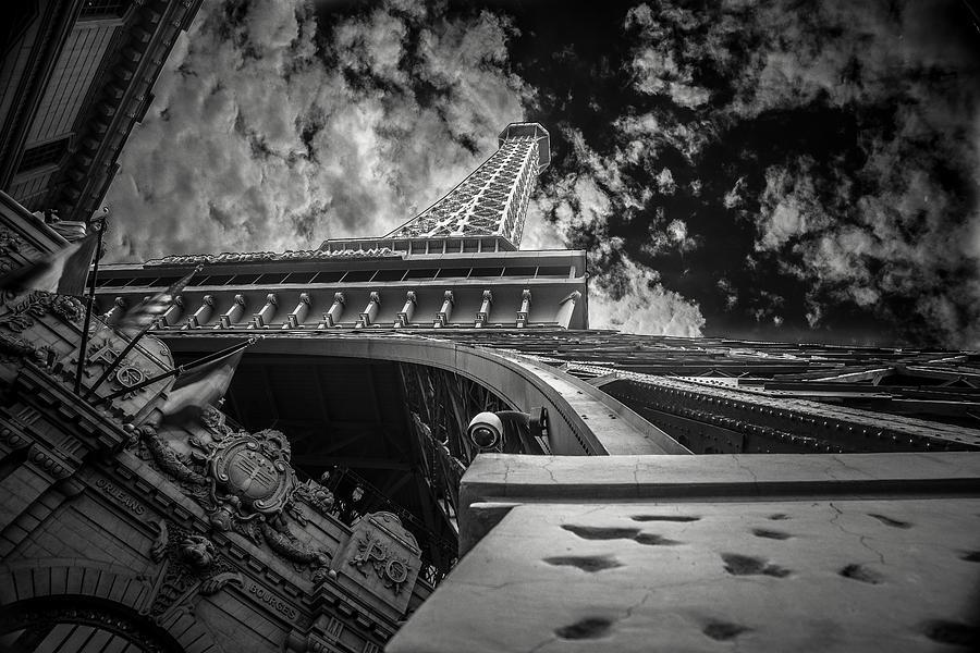 Las Vegas Photograph - Eiffel Tower Las Vegas by Chris Bordeleau