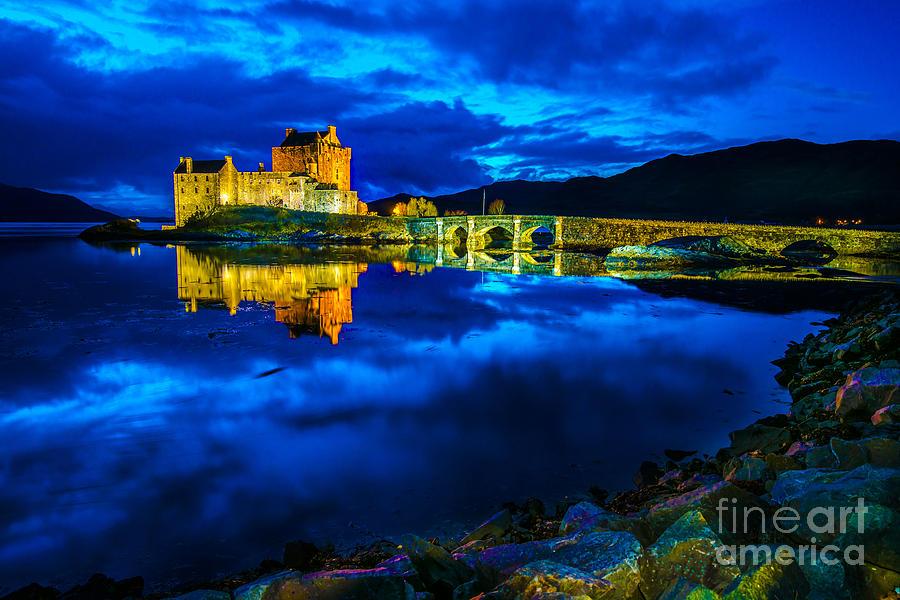 Sunset Photograph - Eilean Donan Castle Scotland IIi by Lilianna Sokolowska