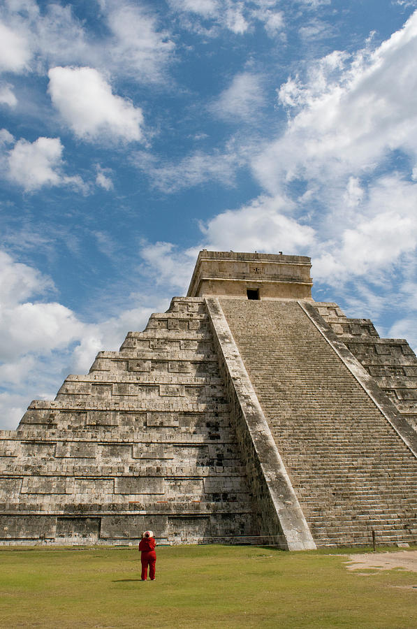 El Castillo, Pyramid Of Kukulkan Photograph by Sabrina Dalbesio