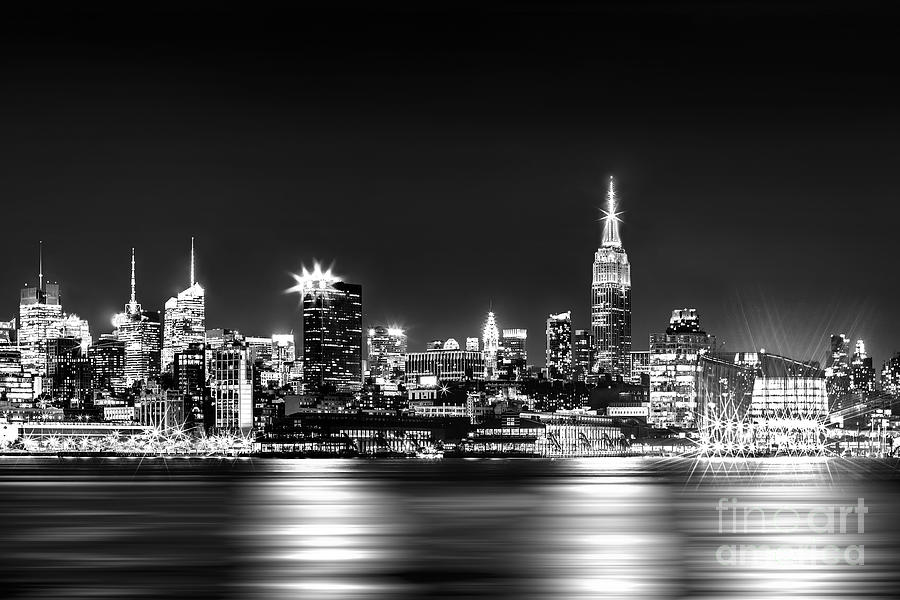 Empire State At Night - Bw Photograph