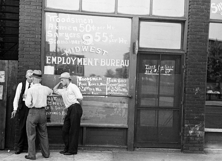 1937 Photograph - Employment Bureau, 1937 by Granger