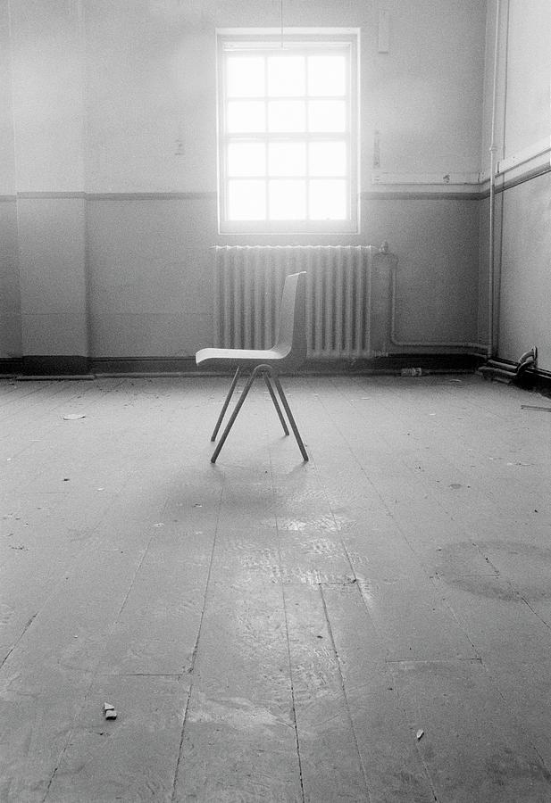 Chair Photograph - Empty Chair by Larry Dunstan/science Photo Library